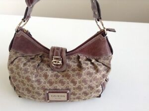 Gorgeous Guess Bag – BRAND NEW