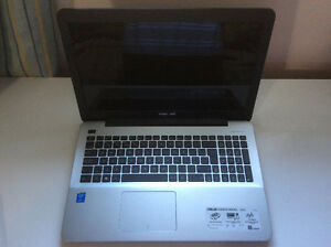 "ASUS 15.6"" Intel i7-5500U/1TB HDD/8GB RAM/Windows 10"