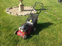 Honda mountfield self propelled petrol lawn mowe