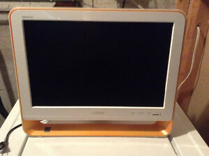 Sony Bravia 19 inch TV flat screen