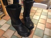 NITRO NB-41 MOTORBIKE BOOTS. (SIZE 8). WORN ONCE.