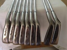 SET OF MACGREGOR DX OVER SIZE CAVITY BACK IRONS.