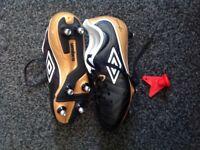 Size 1 Umbro football boots