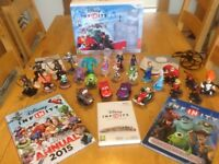 DISNEY INFINITY NINTENDO WII HUGE BUNDLE GAME CARS FROZEN TOY STORY INCREDIBLES BOOKS