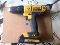 Dewalt xr lithium drill battery and charger 18v