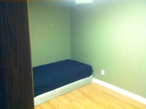 Small room for rent in Sherwood Park