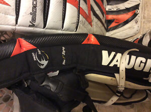 Vaughn 7400 Goalie Set London Ontario image 2