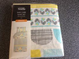 George Home EASY CARE SINGLE DUVET SET.