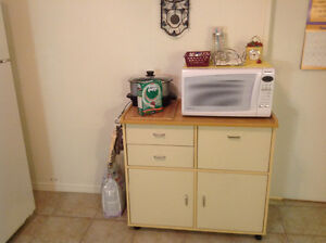 Microwave stand / solid wood and microwave included
