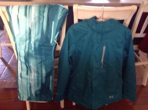Under Armour women's ski/winter coat/pants