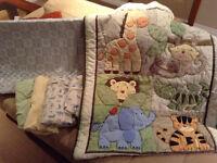 Change pad/Safari Crib set and sheets