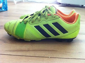 adidas outdoor soccer shoes SIZE 6 Strathcona County Edmonton Area image 1