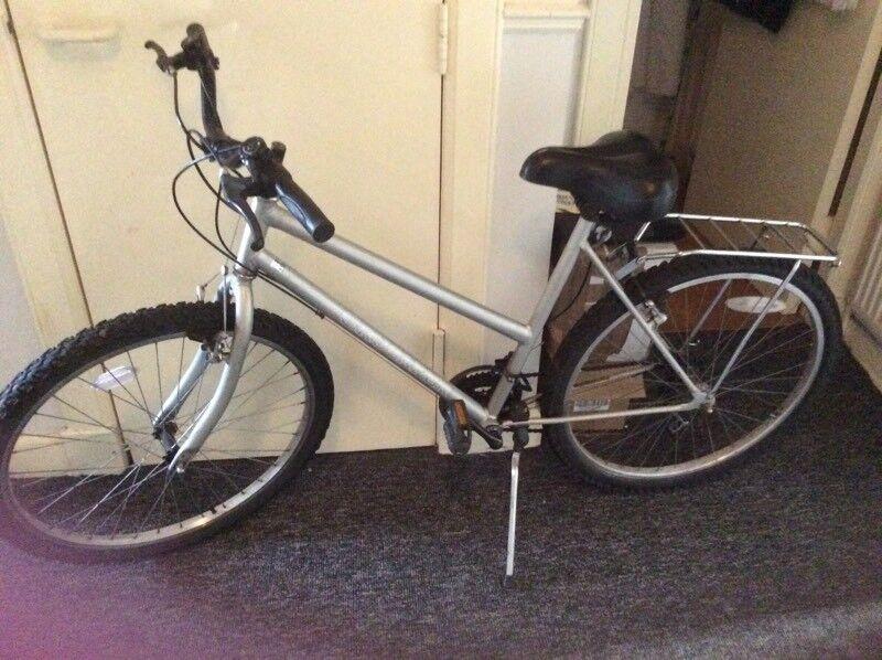 Ladies Mounting Bike In Paisley Renfrewshire Gumtree