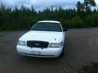 2009 CROWN VIC - COMES WITH SPARE TRANSMISSION!