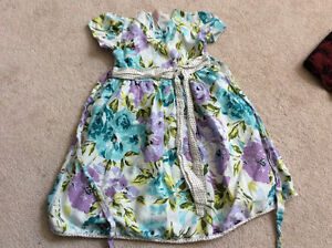 Girls beautiful party dresses 7-9 years old London Ontario image 4