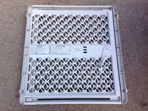 safety gate - great condition