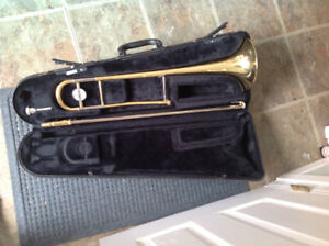 Yamaha Trombone, mouthpiece and case reduced