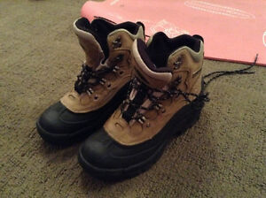 Lacrosse hiking boots