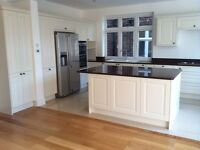 ONLY £395 FOR FITTING!!!!!!! HOWDENS KITCHENS SUPPLIED PLUMBING*KITCHEN FITTER*JOINER*PLUMBER*TILER