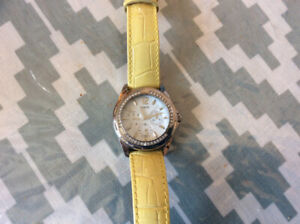 Guess unsex multi fuctional watch clear crystal original leather