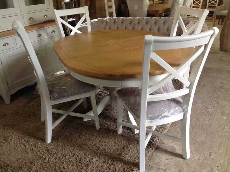 Round Extending Kitchen Dining Table Oak Top 4 White Painted Chairs Brand New 899