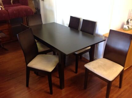 Extending Table And 6 Chairs Melbourne Region Preview