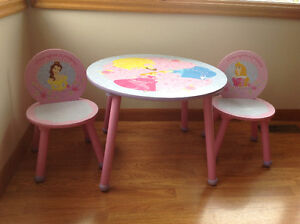 Solid wood princess table and 2 chairs