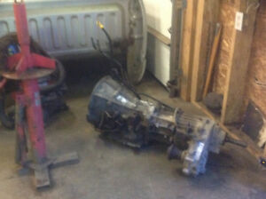 Transmission and transfer case out of 04 dodge dakota
