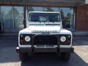 Land Rover Defender 110 2001  4 x 4 absolument aucune rouille !!