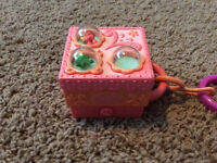 Littlest Pet Shop Mini Flip Out Play House
