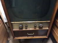Rogers Majestic 1955 TV with Record Player