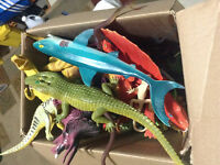 Huge Lot of Dinosaurs !!!!