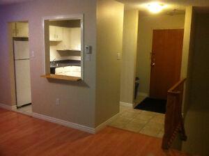 For Rent - $900- 2 Bdr Condo Dartmouth Collins Grove