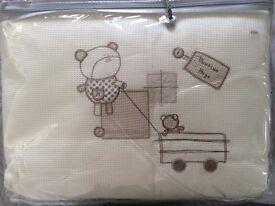 New Mamas & Papas 6pcs bedding set - Bedtime Hugs