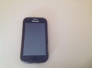 Samsung Gt-57560M téléphone cellulaire