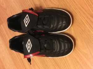 BRAND NEW Indoor Soccer Cleats Size 3