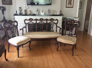 1920's ANTIQUE JOHN HENDRY BELTER STYLE CARVED MATCHING 3 PIECES