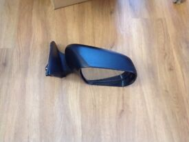 Suzuki Grand vitara offside wing mirror