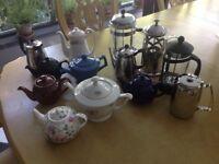 13 coffee cafetière and tea pots