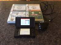 Ds Nintendo hand held game console plus 4 games