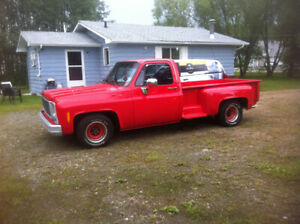 1980 Chevy C/10  Step side Pickup