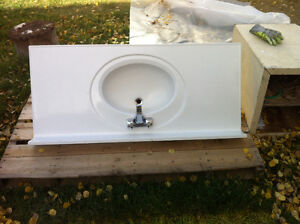 1 piece white porcelain bathroom sink