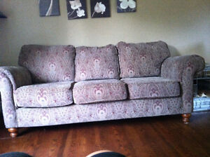 Couch and love seat London Ontario image 2
