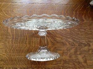 Pedestal Cake Plate - Vintage Pressed Glass, 6 Petaled Flower Oakville / Halton Region Toronto (GTA) image 3