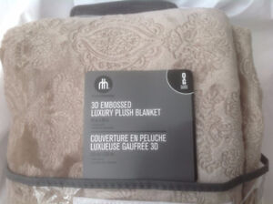 Brand new throws for half price start from $8 only