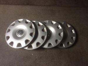 Selling four 15 inch Volkswagen hub caps Kitchener / Waterloo Kitchener Area image 1