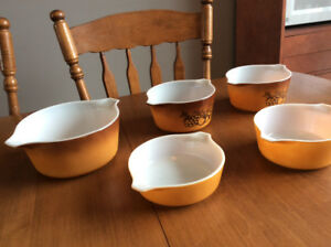 Lot Pyrex Old Orchard 471-472-473-474