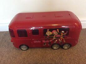 Large bratz doll tour bus