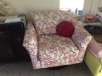 Swivel chair good condition for