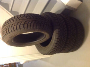 4 Hankook Winter i*Pike RSV tires, 195/ 60 R15 88T, nearly new